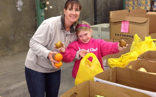 Taking Time to Give Back: Volunteering at the Yolo Food Bank